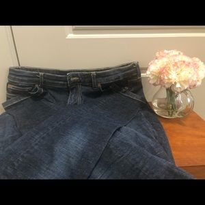 🌸 Les Petites dark blue jeans. Bought in Paris.